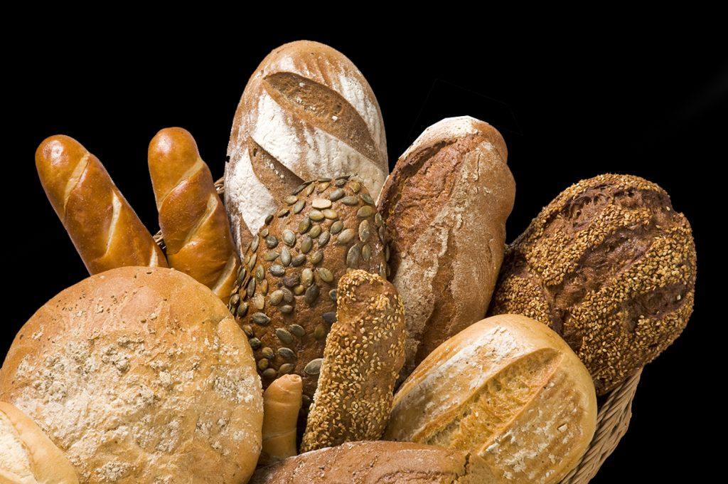 Bröd slängs